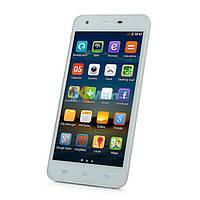 Китайский смартфон HORSE  5 дюймов, 2 сим, Андроид, белый.