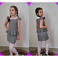 Школьное платье с белым воротничком