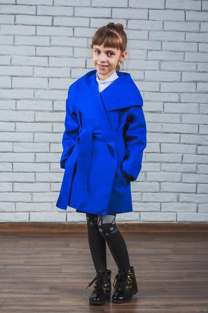 """Кашемировое пальто для девочки """"Красотуля"""" электрик"""