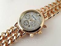 Часы Michael Kors плетеный двойной браслет в золотом цвете, циферблат перламутр