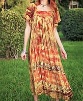 Летнее желтое платье в стиле бохо с оригинальным принтом