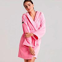 Халаты, пижамы женские
