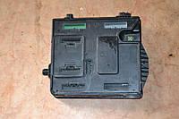 Блок предохранителей б/у Renault Megane 3 284B17882R, 237100668R