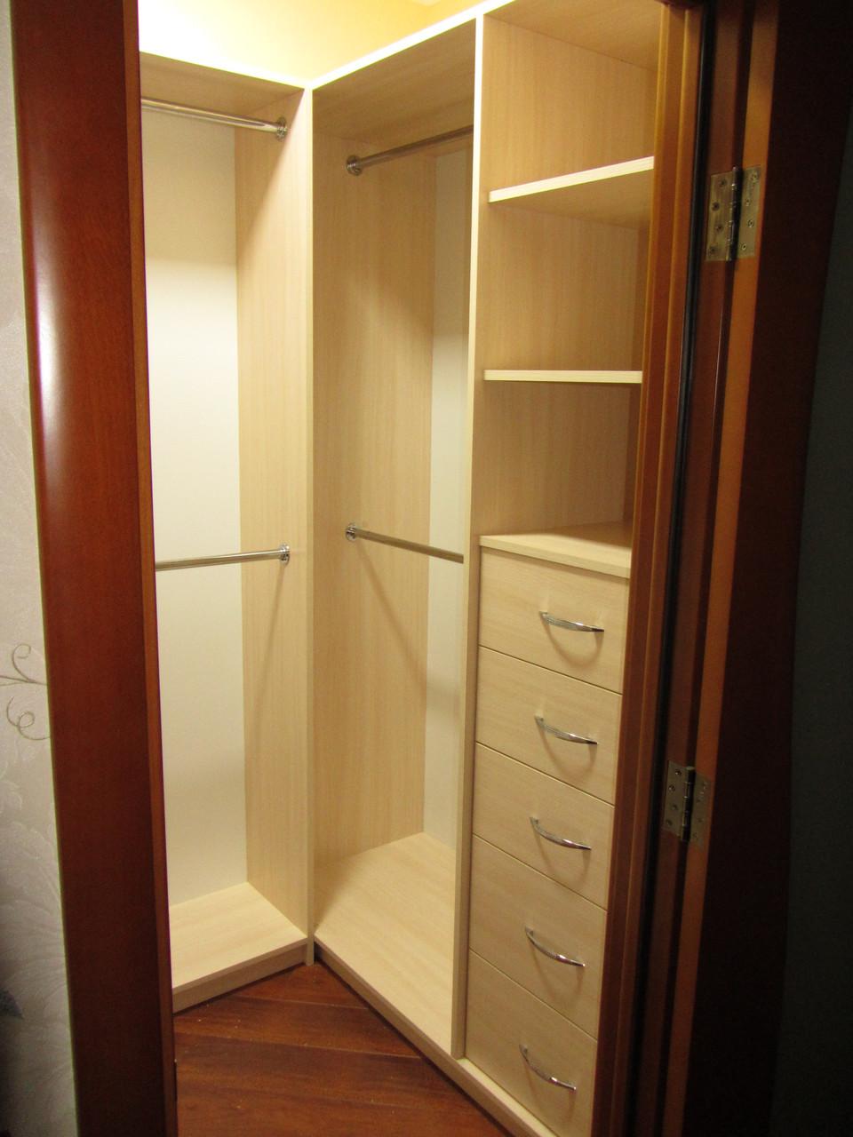 Z-96 Гардеробная комната под заказ в Киеве