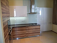 Кухня белый глянец-орех балтиморский, фото 1