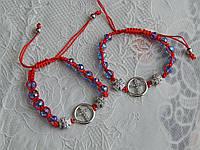 Красивый браслет на руку красная нить с крестами
