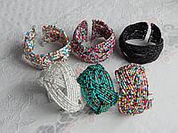 Браслет из бисера на проволоке разные цвета