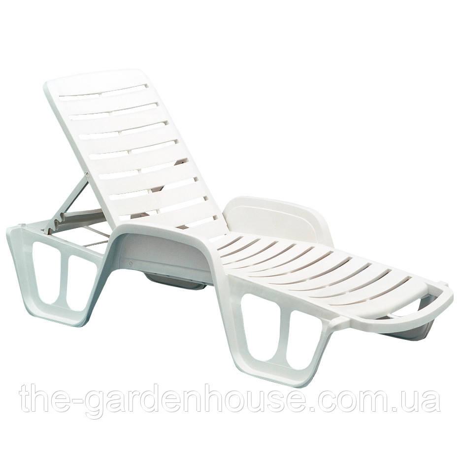 Пластиковий пляжний шезлонг Fisso білий