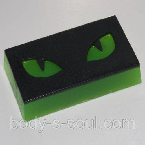 Пластиковая форма для мыла Кошачий взгляд