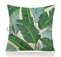 Декоративная наволочка на подушку с тропичным принтом