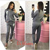 Трикотажный серый спортивный костюм с нашивками