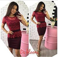 Бордовое гипюровое платье с баской