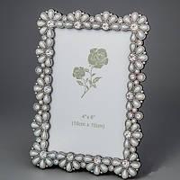 """Красивая Фоторамка """"Жемчужные цветы"""" 13х18 см, для фото 10х15 см"""