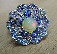 """Богатое кольцо  с танзанитами и опалом """"Барвинок"""" , размер 18.4  от студии LadyStyle.Biz"""