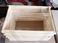 Рамка Дадан (300 мм.) собранная с натянутой проволокой, отверстия укреплены втулками.