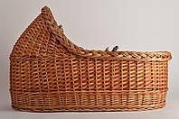 Колыбель из лозы ручной работы с постельным набором