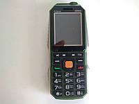 Защитный мобильный телефон Land Rover S15 mini  2 сим,1,8 дюйма,2 Мп,1800 мА/ч, металлический!