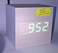 Электронные настольные часы WOOD CLOCK (зеленый свет)