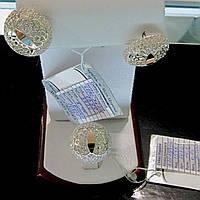 Шикарний срібний гарнітур із сережок та каблучки з золотими пластинками