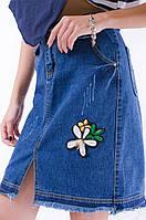 Красивая женская юбка с вышивкой
