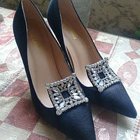 Супер красивые  туфли с пряжкой  камни  цвет черный, фото 1