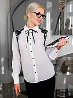 Класична жіноча біла сорочка прикрашена гіпюром Diva