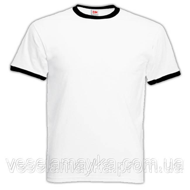 Белая мужская футболка с черной окантовкой