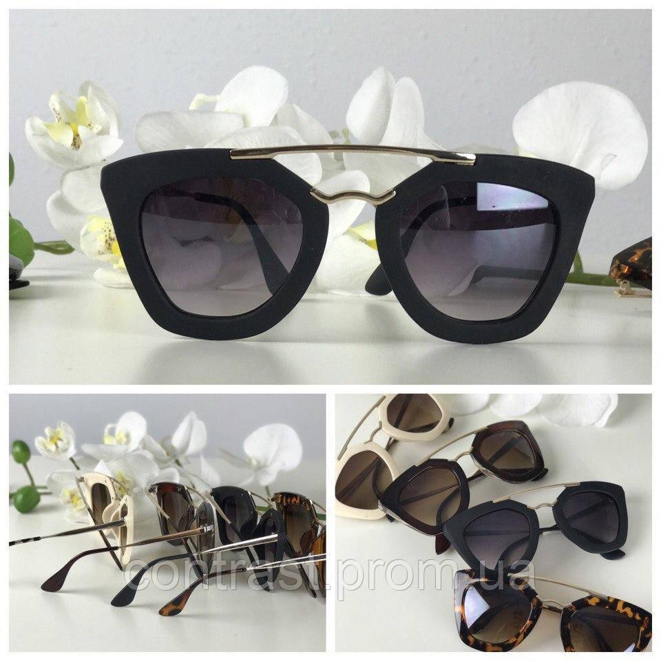 Идеальные оверсайз-очки с широкой полимерной оправой (черный матовый)