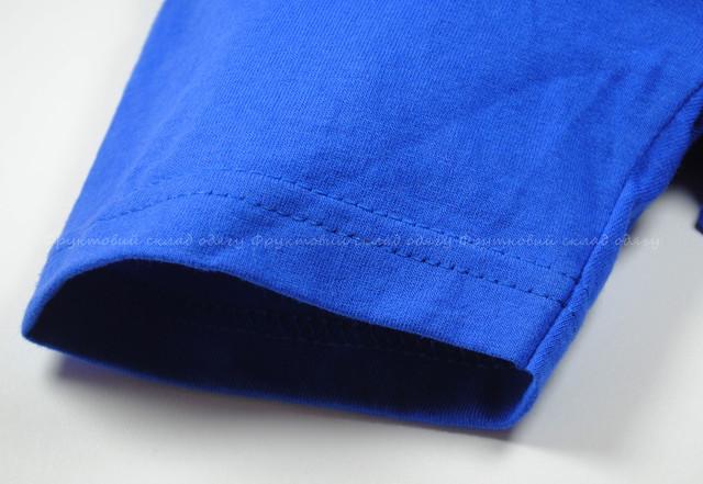 Ярко-синяя детская мягкая футболка для мальчиков