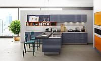 Кухня ОСАКА: уникальный сложный фасад - фрезерование в виде широких полос, шпон, покраска, высокий глянец
