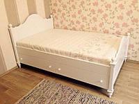 Кровать полуторная с двумя выдвижными ящиками