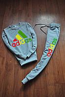 Серый спортивный костюм Adidas