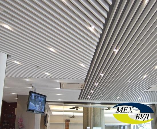 Металлический кубообразный потолок