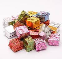 Подарочная коробочка для кольца и серьг 5х5х3 см - Цветочки