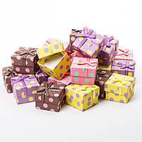 Подарочная коробочка для кольца и серьг квадратная - Разноцветный горох