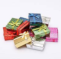 Коробочка подарочная для украшений прямоугольная 7х9х3см