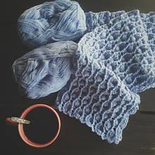 Вязанный шарфик из Alize Lanagold 800