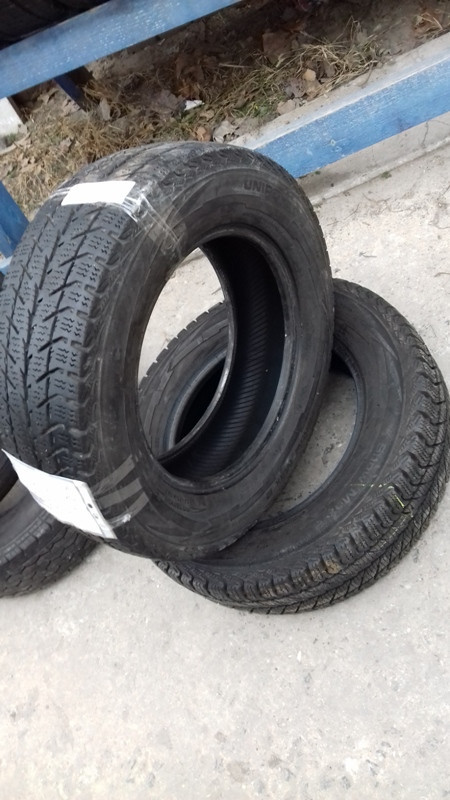 Бусовские шины б.у. / резина бу 195.70.r15с Uniroyal Snow Max2 Юнироял