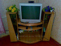 Красивая тумба под телевизор, как новая!