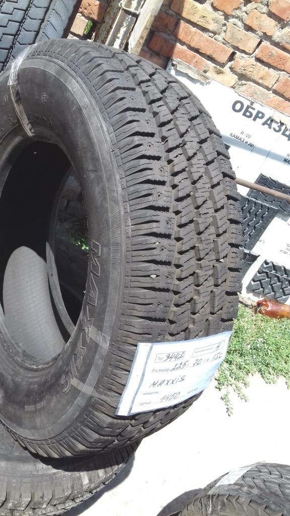 Шины б.у. 225.70.r15с Maxxis Winter Maxx LT Максис. Резина бу для микроавтобусов. Автошина усиленная. Цешка