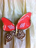 Женская брошь бабочка высота 3,7 см  цвет коралловый