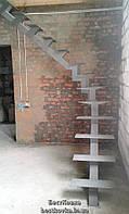 Стильный стальной каркас открытой лестницы