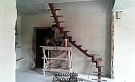 Криволинейный каркас лестницы на центральном косоуре