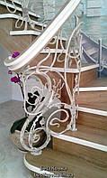 Кованые перила в растительном стиле с переплётами