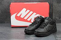 Женские кроссовки Nike Air Force 1 / материал: пресс-кожа / Китай / размеры: 36-41 / высокие черные