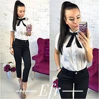 Костюм укороченные брюки и рубашка горошек с галстуком