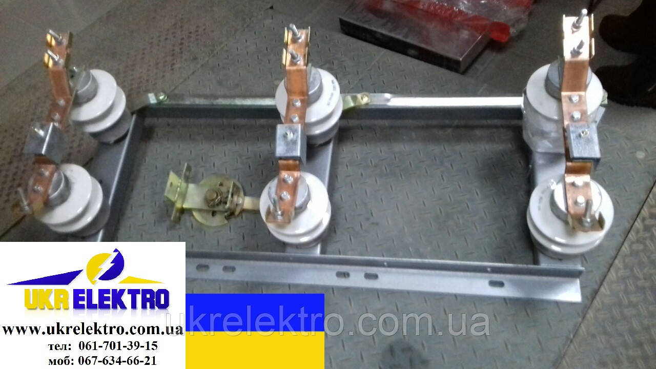Разъединитель РЛНД-10/630 УХЛ1 наружного исполнения поворотного типа
