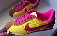 Легкие женские кроссовки Найк копия Яркие