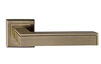 Дверная ручка  Metal-bud Omega бронза