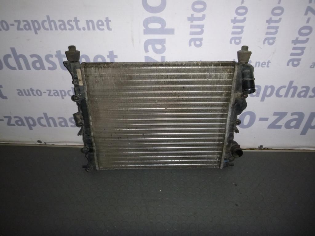 renault symbol радиатор в одном корпусе